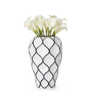Abstract-Lattice-Vase