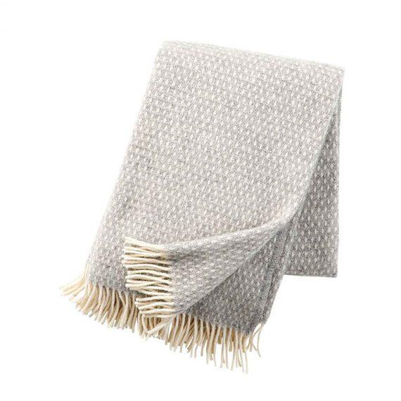 Knut-Light-Grey-Throw-Blanket
