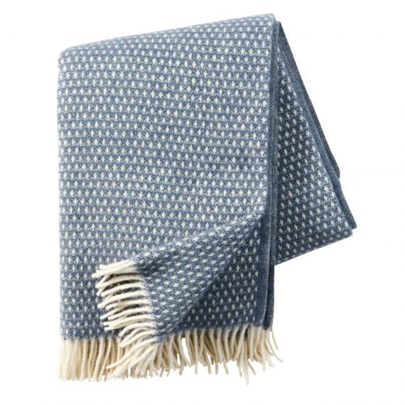 Knut-Smokey-Blue-Throw-Blanket